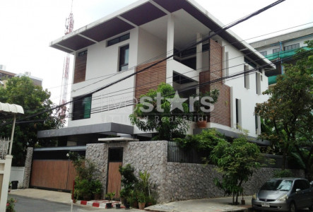 Luxury single house 6 bedroom for rent on Narathiwas