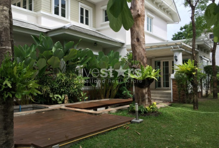 House 3 bedroom nice garden & pet friendly for rent Onnut Sukhumvit