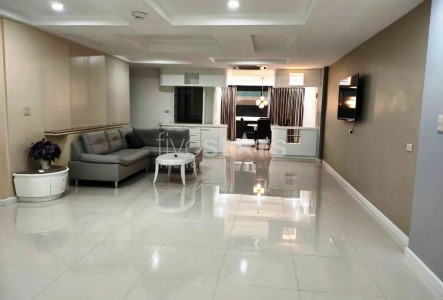 President Park 3 bedrooms condo for rent in Sukhumvit BTS Phromphong