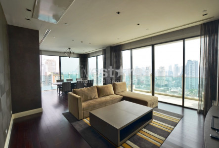 3 bedroom private pool condo for rent on Phrom Phong