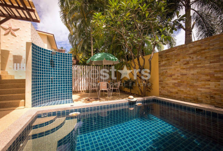 3-bedroom pool villa in Rawai