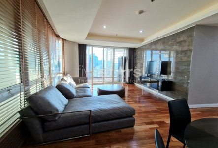 2 bedroom newly remodeled condo for rent close to BTS Ratchadamri