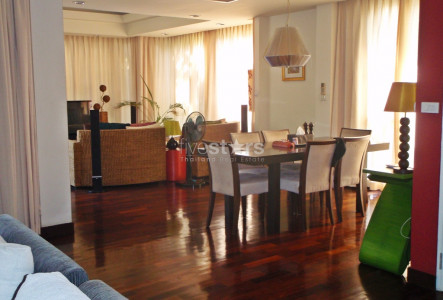 Comfortable 3+1 bedroom house in Petchaburi